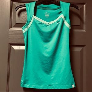 Nike Athletic Top Size XS Women's